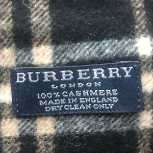 Burberry Accessories - BURBERRY 100% Cashmere Black Plaid Fringe Scarf